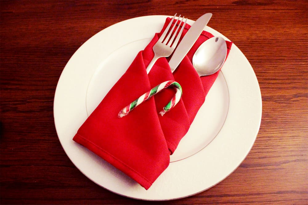 Napkin Folding Design with Candy Cane