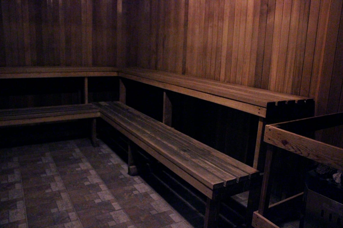 #BigWorldExplorer w/ @ExpediaCA - Dry Sauna, perfect after a swim.