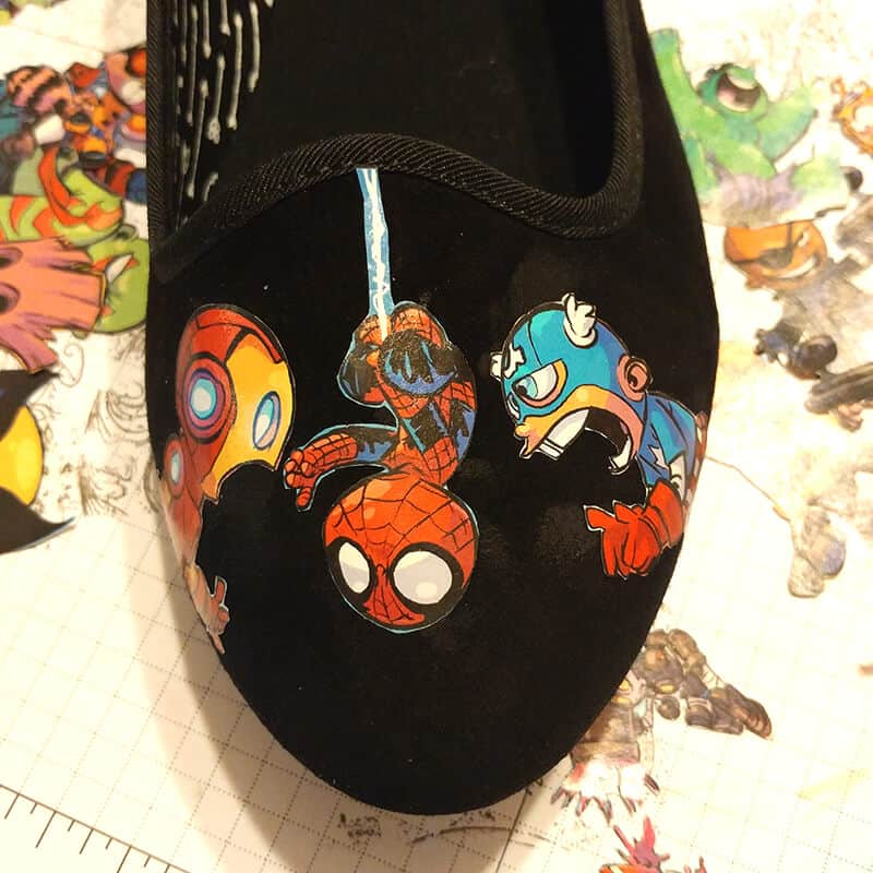 Comic Book Shoes - Glue your pieces into place