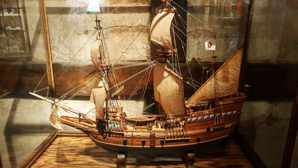 Pirate and Treasure Museum Model Ship